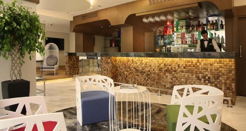 Veyron Hotels 1